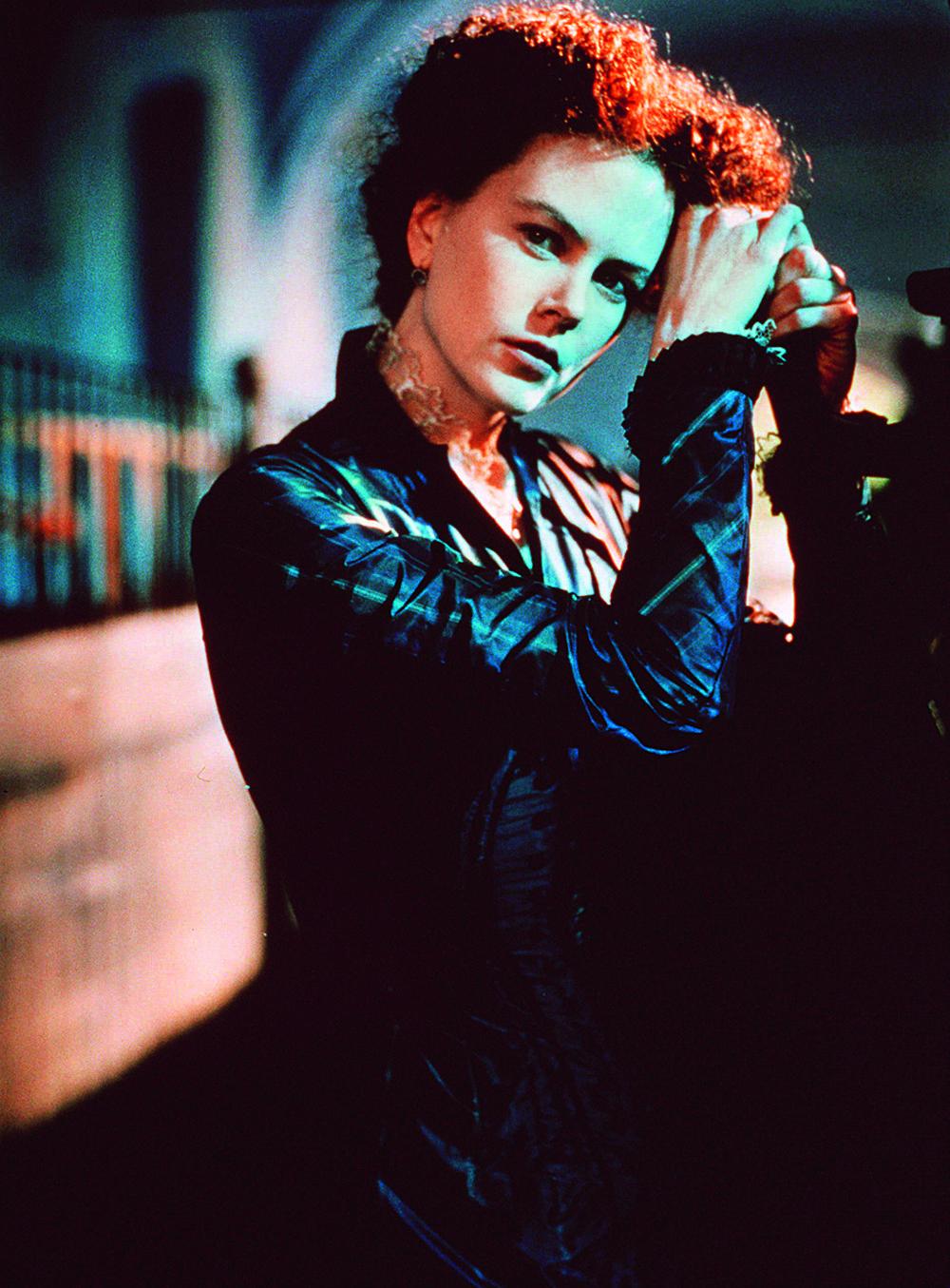 """Николь Кидман. кадр из фильма """"Портрет леди"""", 1996 г."""