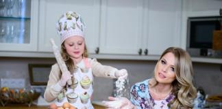 Ольга Фреймут с дочкой