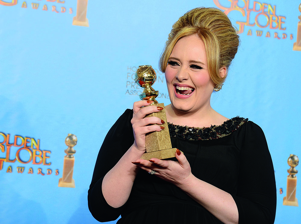 Песня «Skyfall» вывела популярность Адель на новый уровень: как певица и автор она собрала все главные награды, в частности – «Золотой глобус», 2013 г.