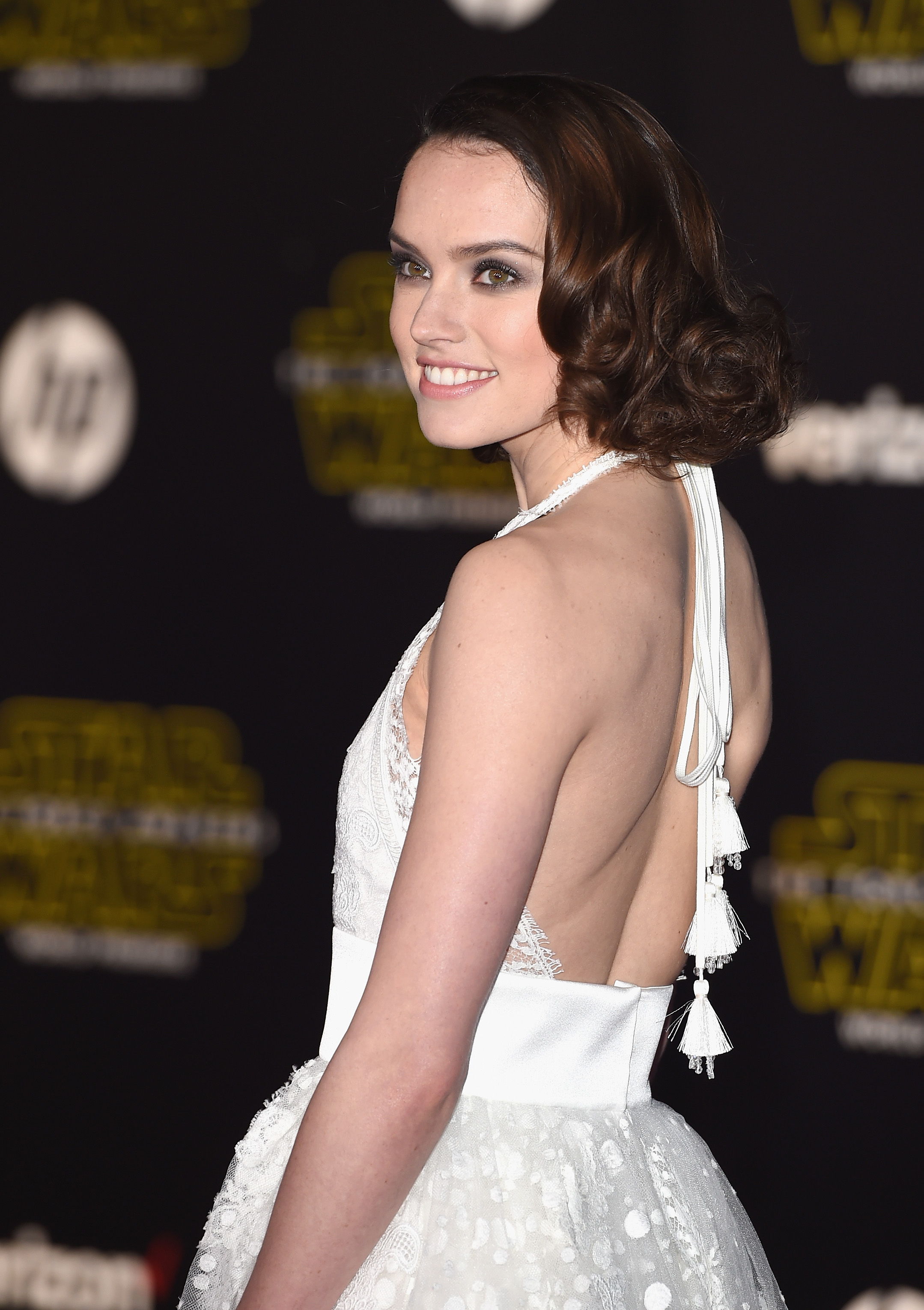"HOLLYWOOD, CA - DECEMBER 14: Actress Daisy Ridley attends Premiere of Walt Disney Pictures and Lucasfilm's ""Star Wars: The Force Awakens"" on December 14, 2015 in Hollywood, California. (Photo by Jason Merritt/Getty Images)"