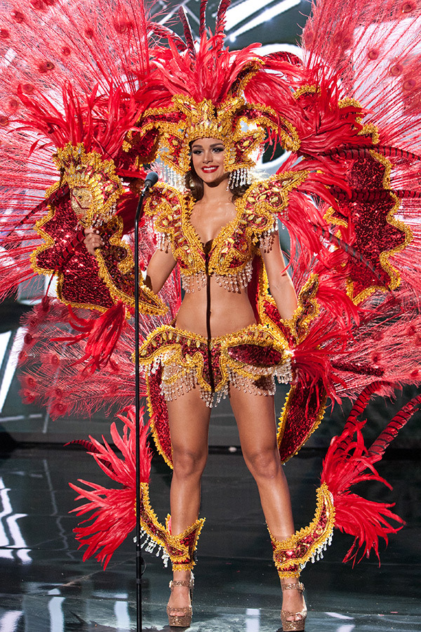 miss-universe-national-costume-6