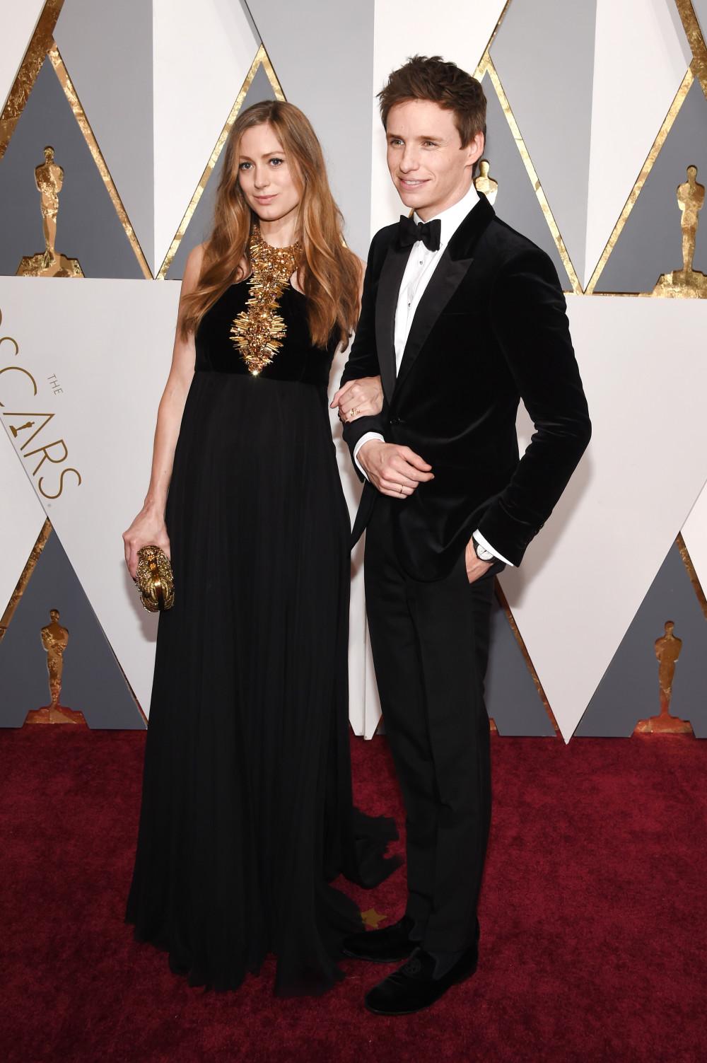 Эдди Редмэйн с женой Ханной на церемонии Оскар-2016