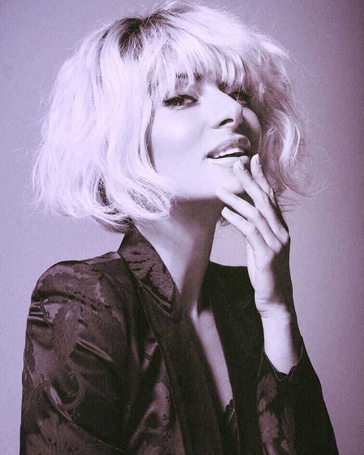 Злата Огневич блондинка