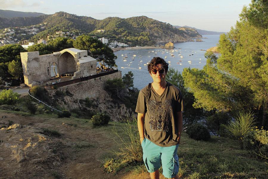 Дмитрий Шуров в Тосса де Мар, Испания