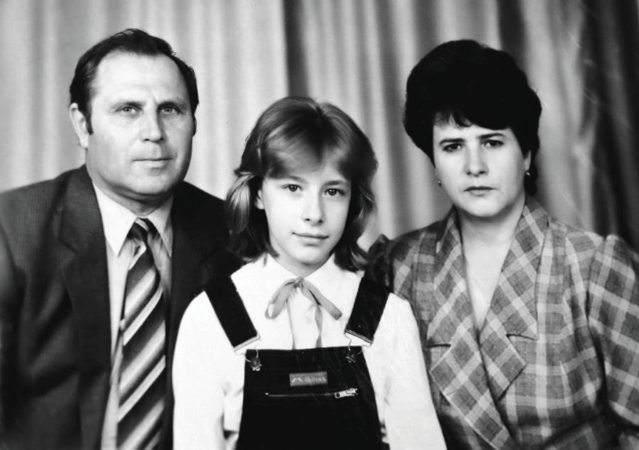 Елена Кравец родители