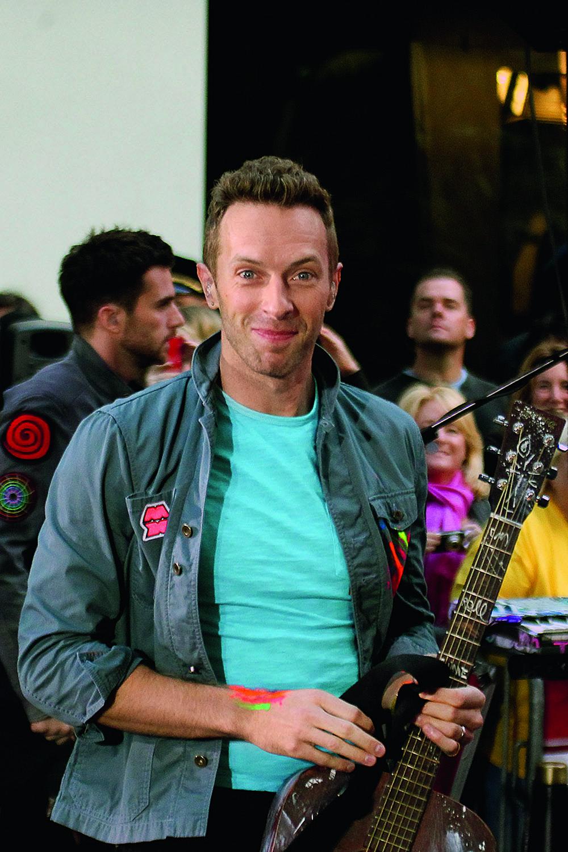 Дженнифер Лоуренс и фронтмен группы Coldplay Крис Мартин
