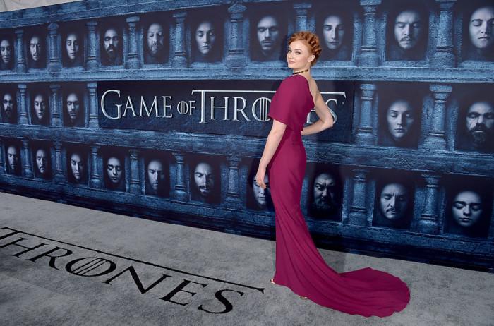 """Софи Тернер на премьере 6 сезона """"Игры престолов"""""""