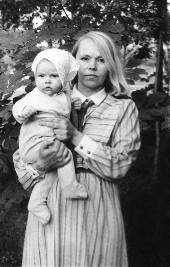 Алена Шоптенко в детстве