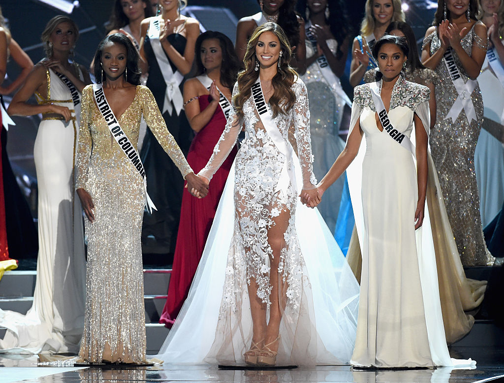 LAS VEGAS, NV - JUNE 05: (L-R) Miss Georgia USA 2016 Emanii Davis, Miss Hawaii USA 2016 Chelsea Hardin and Miss District of Columbia USA 2016 Deshauna Barber compete in the top 3 during the 2016 Miss USA pageant at T-Mobile Arena on June 5, 2016 in Las Vegas, Nevada. (Photo by Ethan Miller/Getty Images)