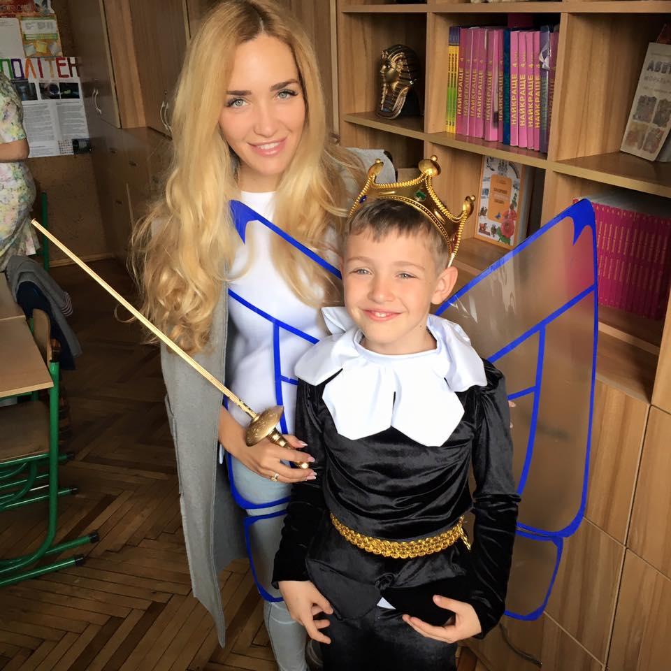 Бывшая жена Пономарева Виктория Мартынюк с сыном