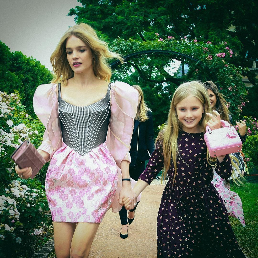 Наталия Водянова с дочкой Невой