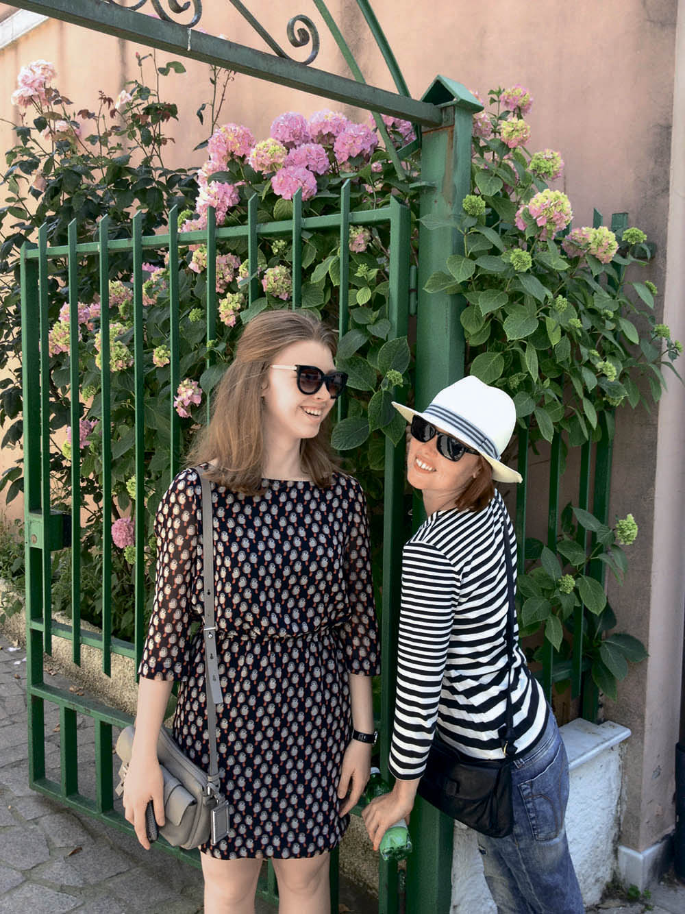 Евгения Гапчинская с дочерью Настей в Италии