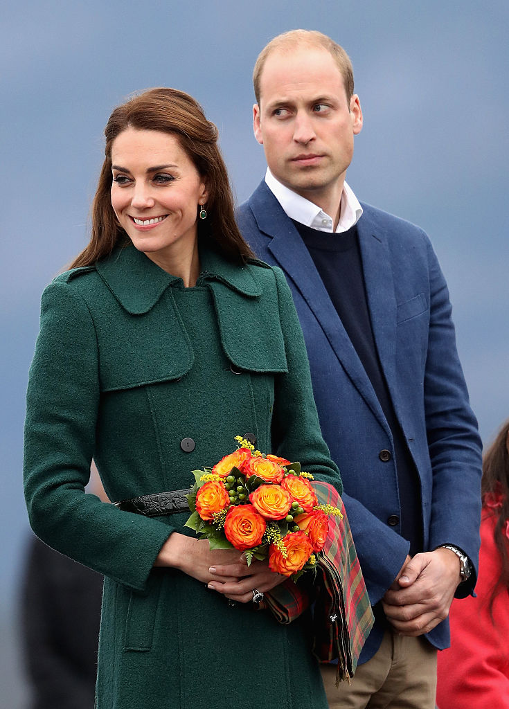 WHITEHORSE, BC - SEPTEMBER 27: Catherine, Duchess of Cambridge and Prince William, Duke of Cambridge arrive in Whitehorse during the Royal Tour of Canada on September 27, 2016 in Whitehorse, Canada. Prince William, Duke of Cambridge, Catherine, Duchess of Cambridge, Prince George and Princess Charlotte are visiting Canada as part of an eight day visit to the country taking in areas such as Bella Bella, Whitehorse and Kelowna (Photo by Chris Jackson/Getty Images)