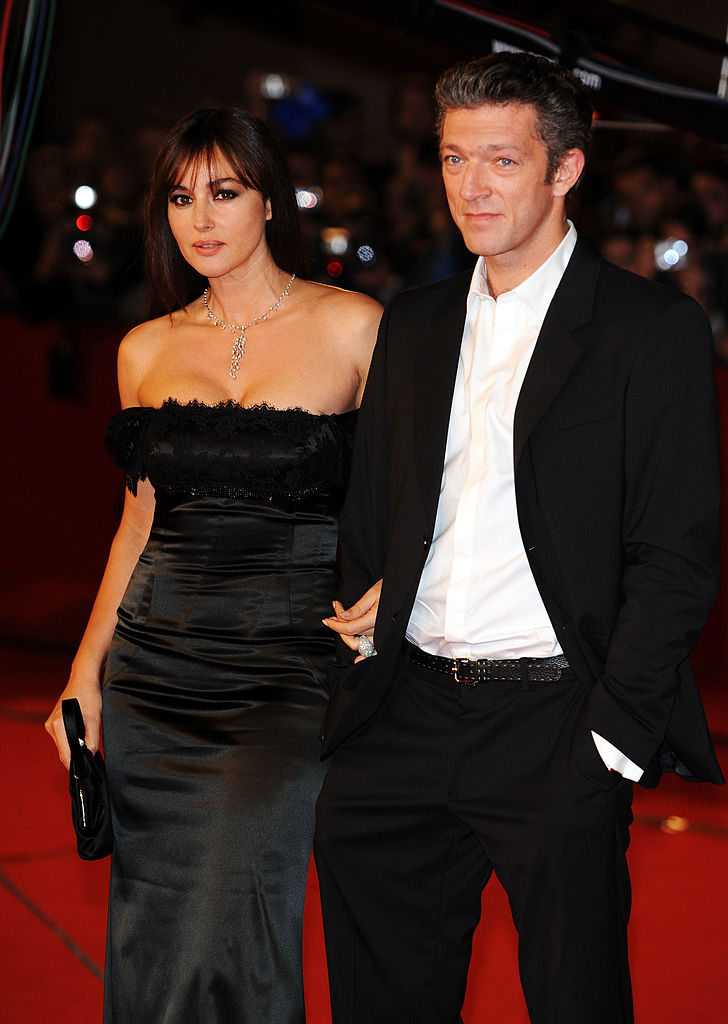 ROME - OCTOBER 23: Actress Monica Bellucci and actor Vincent Cassel arrive at the L'Uomo Che Ama Premiere during the 3rd Rome International Film Festival held at the Auditorium Parco della Musica on October 23, 2008 in Rome, Italy. (Photo by Pascal Le Segretain/Getty Images)