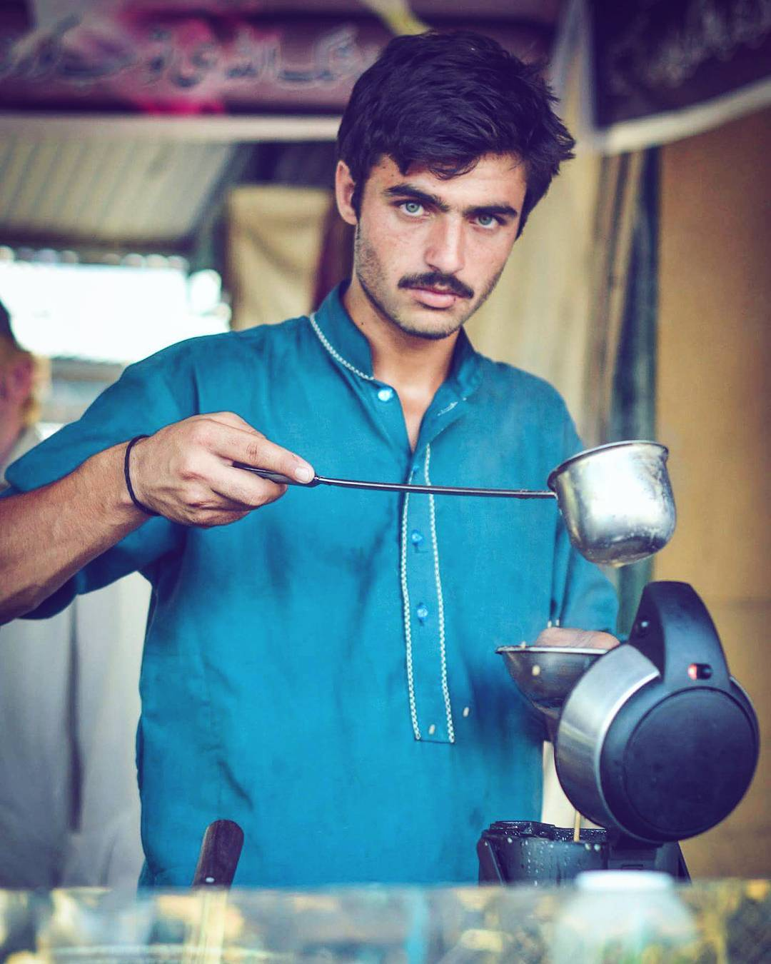 продавец чая