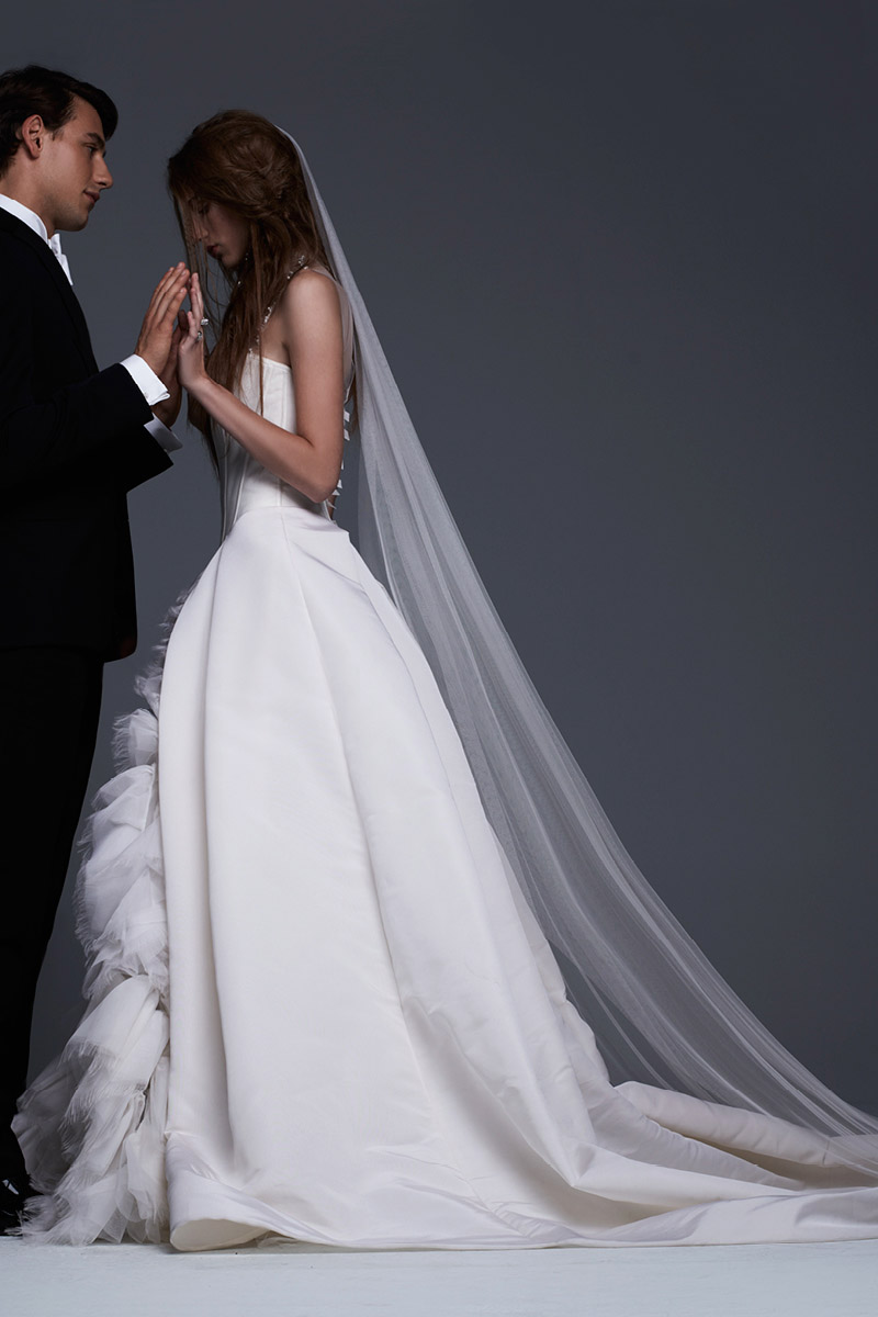 hbz-bridal-vera-wang-look_evelina_1