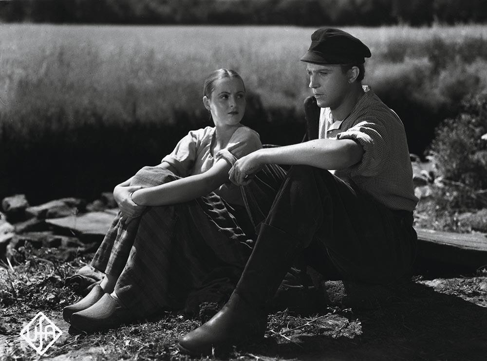 Film / Einzeltitel: УDas Mдdchen vom MoorhofФ (Deutschland 1935; Regie: Detlef Sierck; nach der Novelle von Selma Lagerlцf). Szene mit Hansi Knoteck und Kurt Fischer-Fehling.