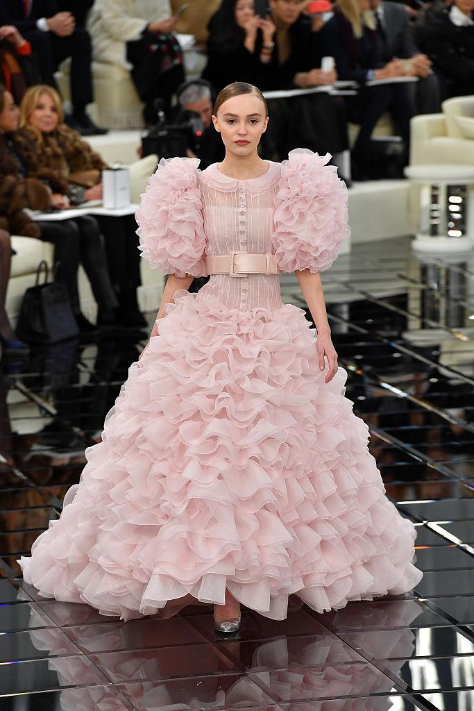 Лили-Роуз Депп Chanel Spring Summer 2017