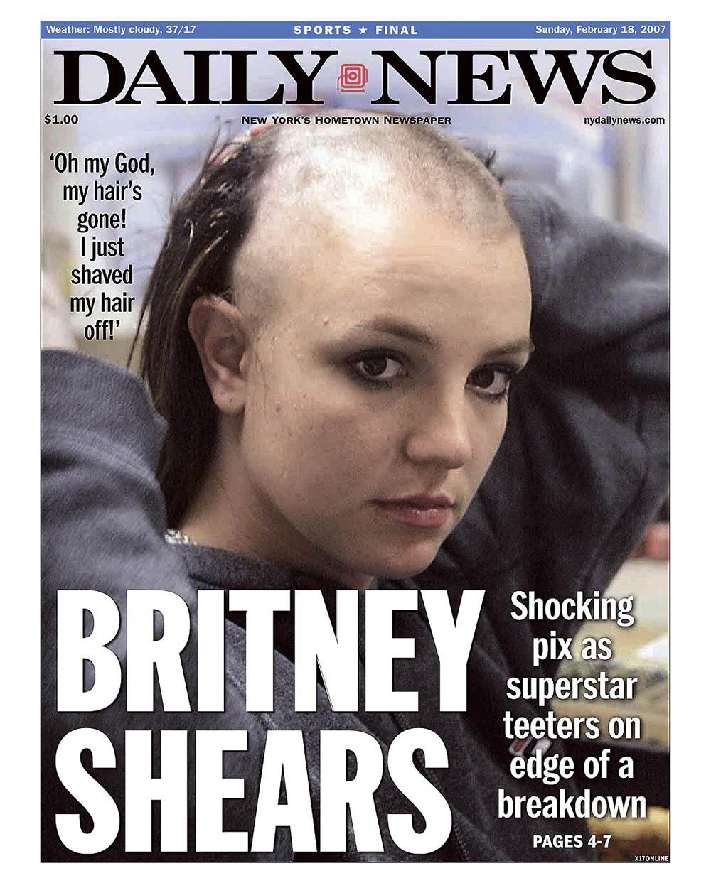 Бритни Спирс побрила голову