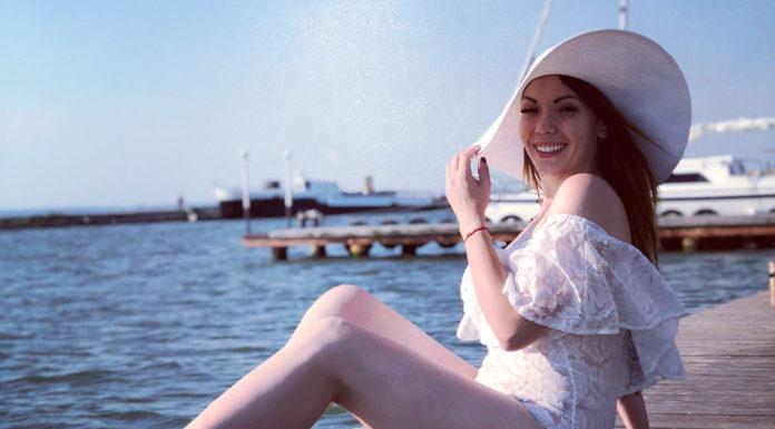Юлия Науменко в купальнике фото