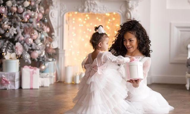 Гайтана с дочкой