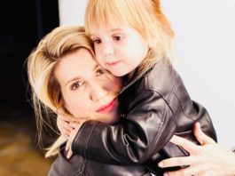 Анита Луценко с дочерью фото