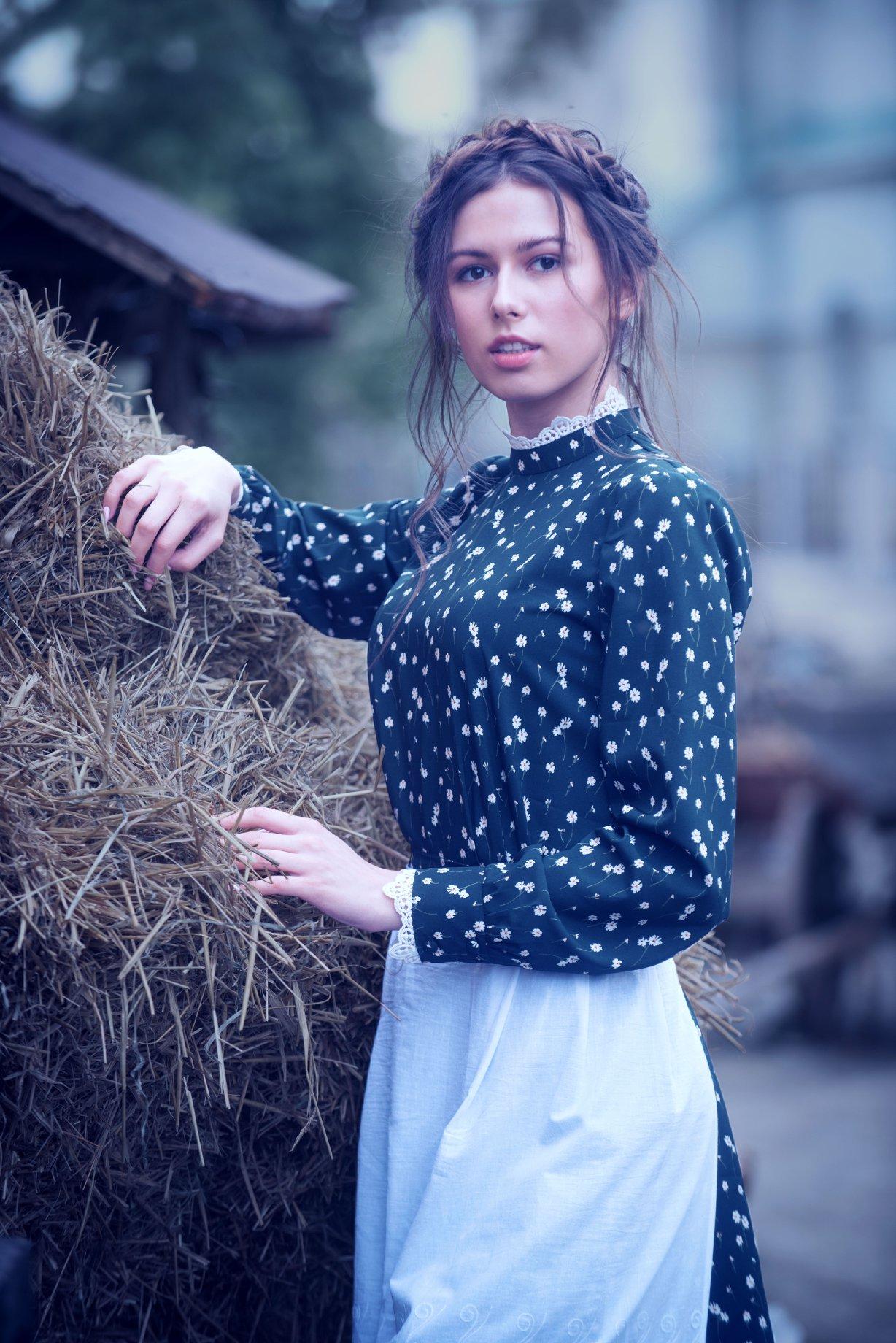Карина Олих