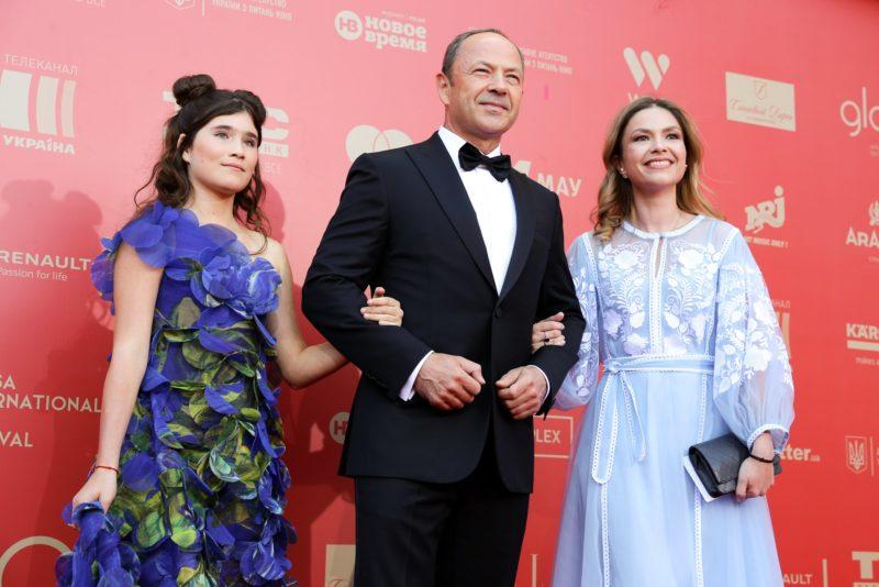 Сергей Тигипко с дочерями