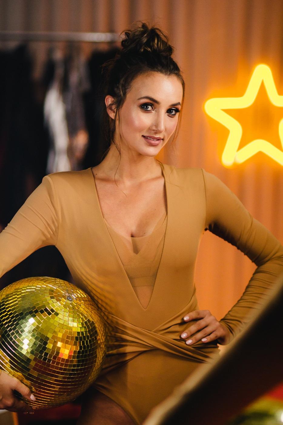 Анна Ризатдинова Танці з зірками