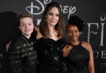 Анджелина Джоли Versace