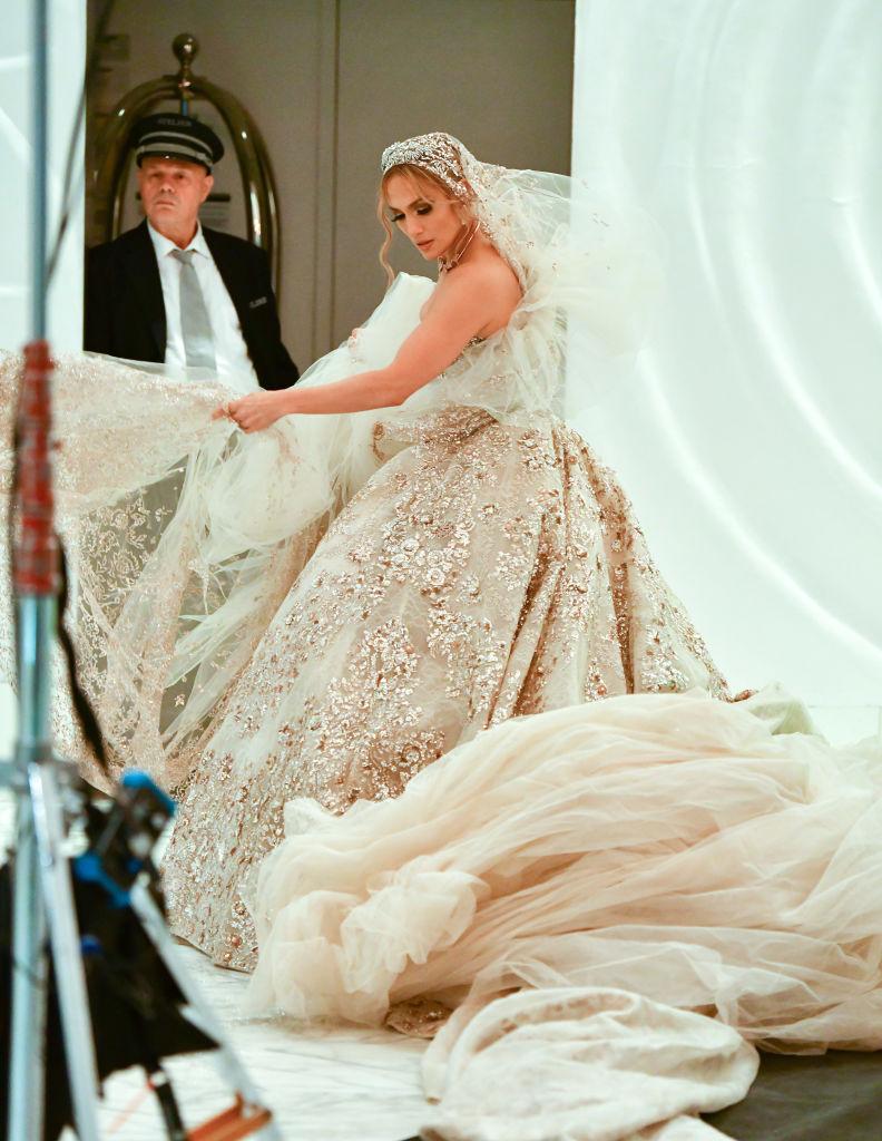 Дженнифер Лопес свадебное платье