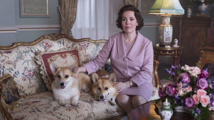 Оливия Колман в роли королевы Елизаветы