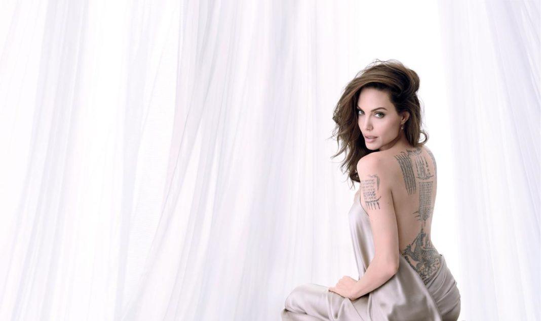 Image result for Обнаженная Анджелина Джоли появилась на обложке французского глянца