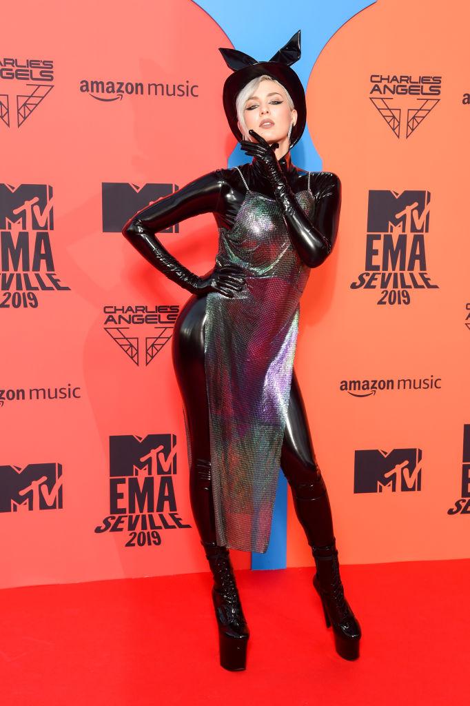Maruv на красной дорожке MTV Europe Music Awards 2019