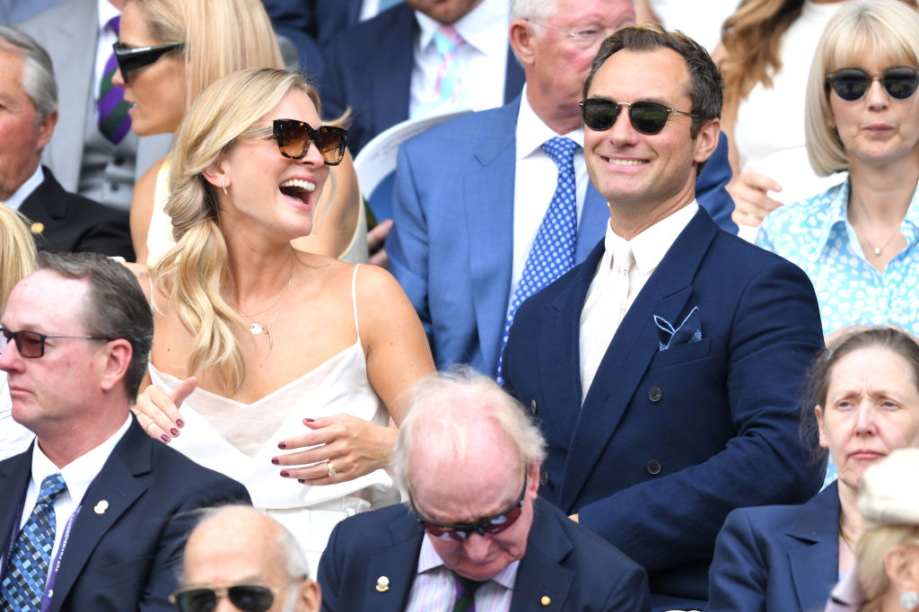 Джуд Лоу с женой