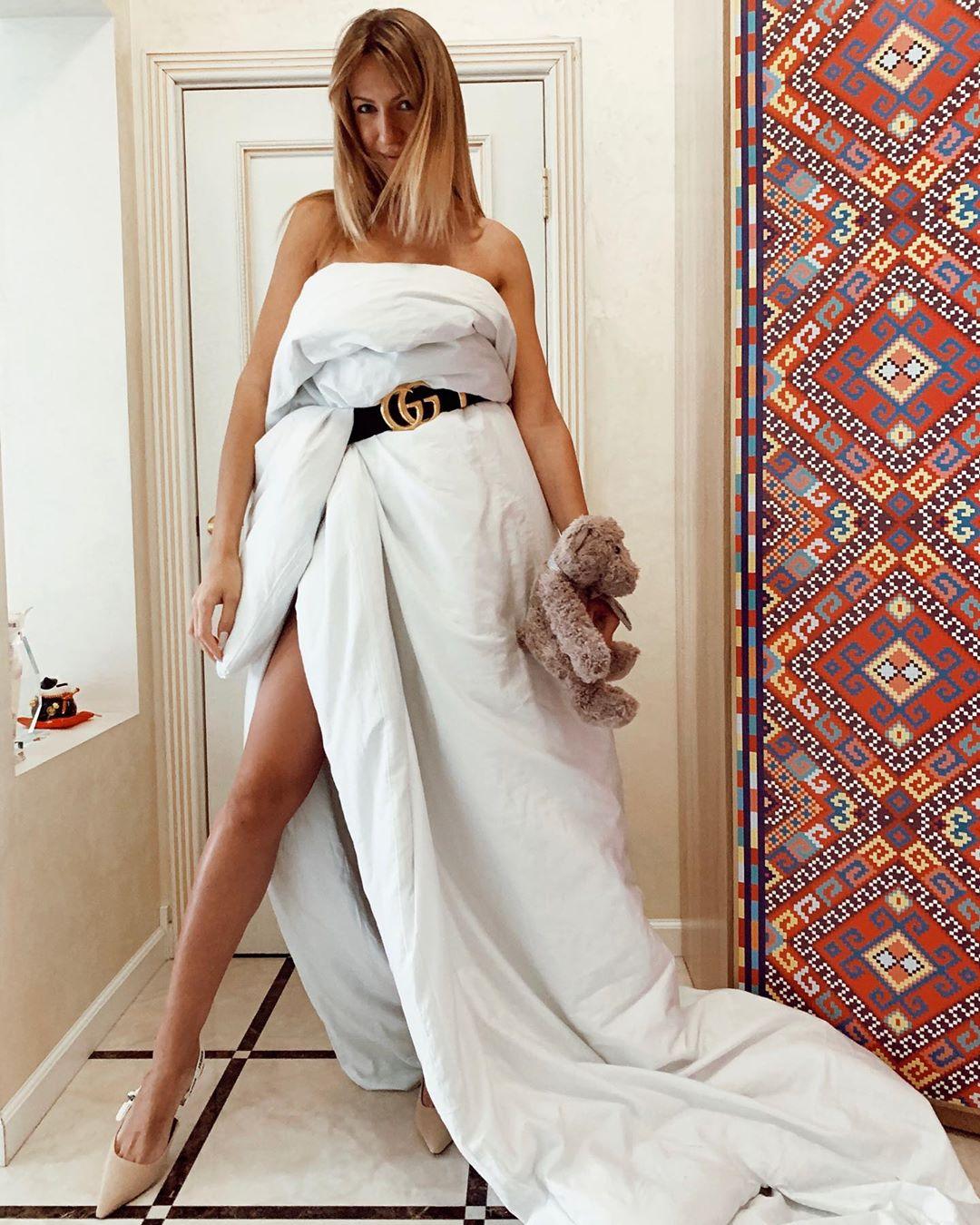 Платье из подушек и одеял. Украинские звезды примеряют ...