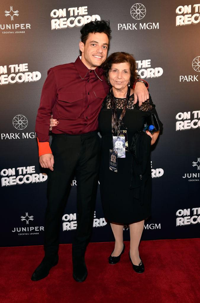 Рами Малек с мамой