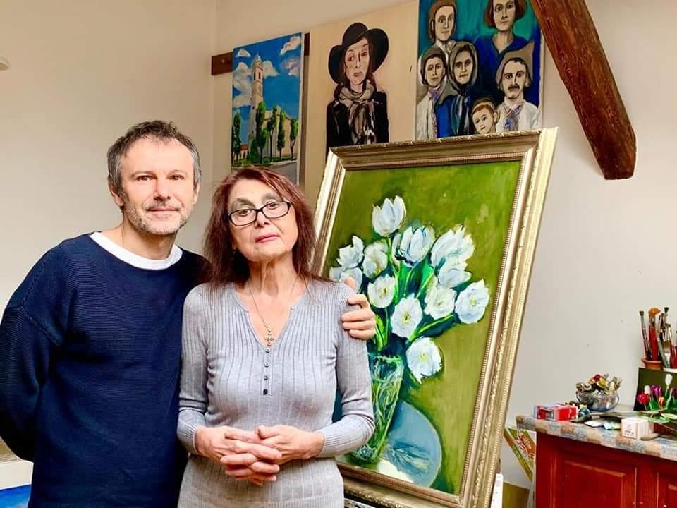 Святослав Вакарчук мама фото