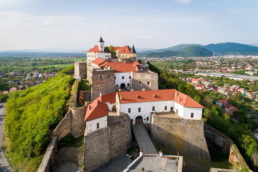 куда поехать Украина Мукачево замок
