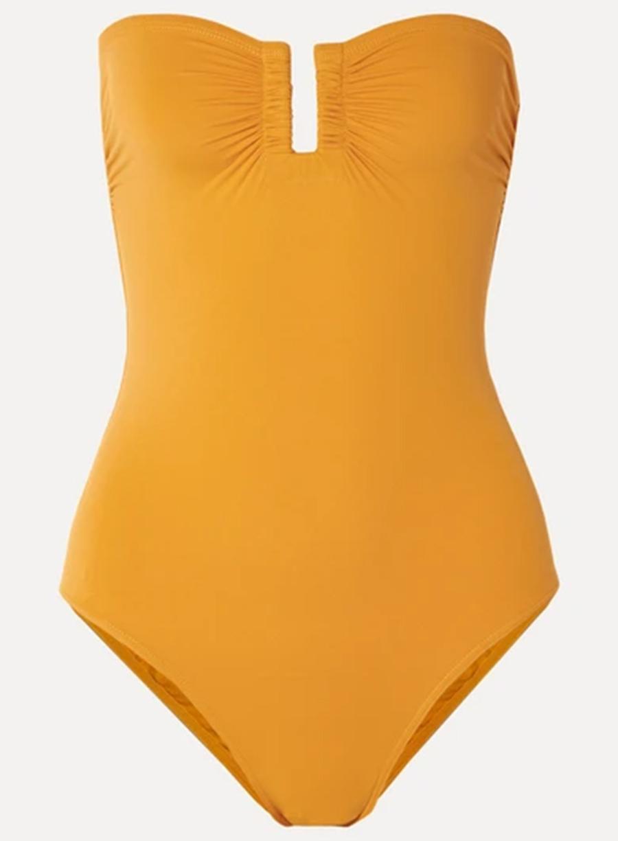 слитный сдельный купальник мнокини желтый бандо самые модные купальники лето 2020