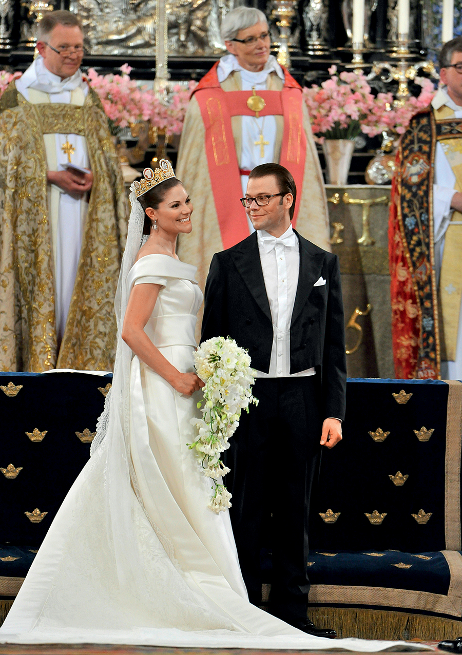 кронпринцесса принцесса Виктория принц Даниэль свадьба Швеция королевская семья парадный портрет