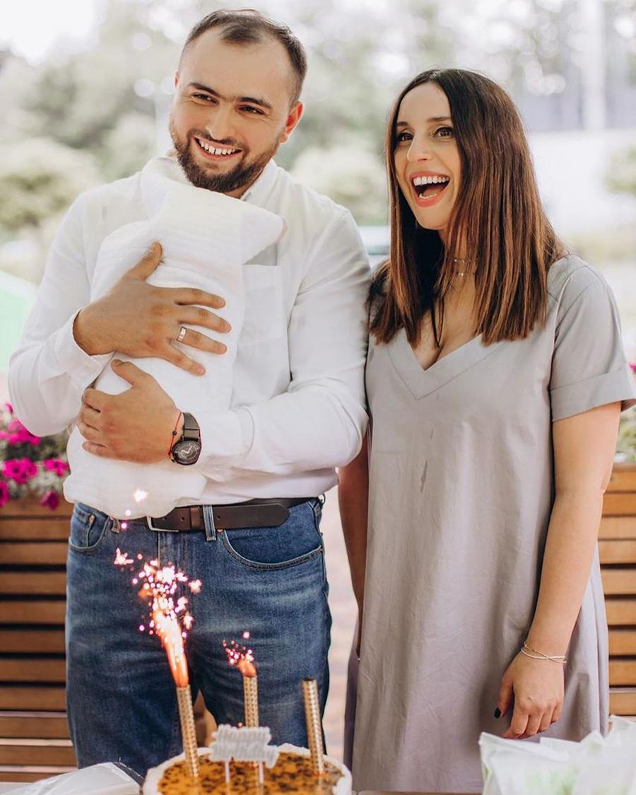 Джамала второй ребенок муж сын родила выписка из роддома