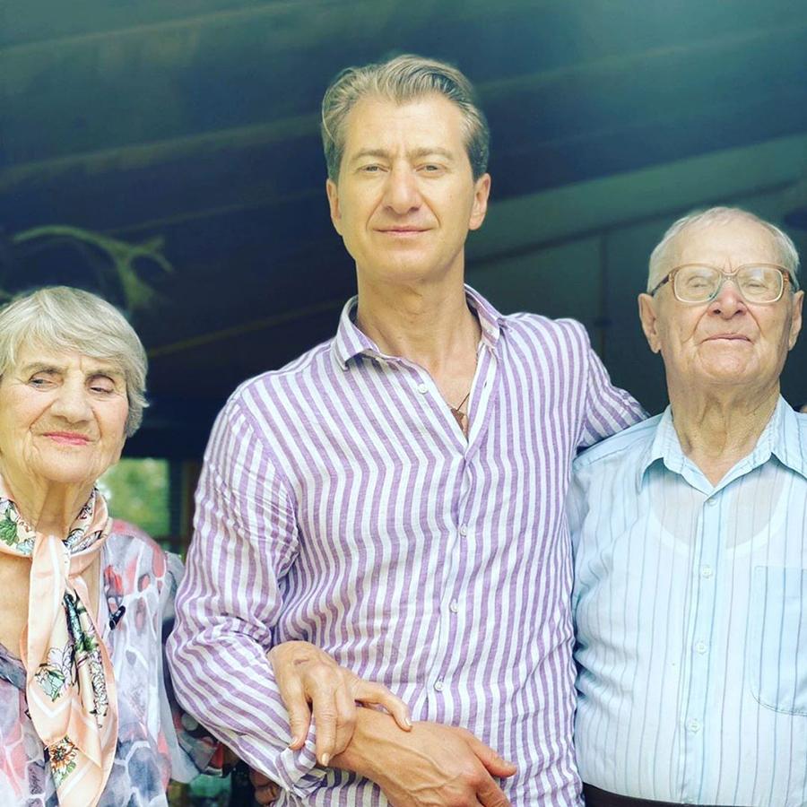 Юрий Никитин родители день семьи