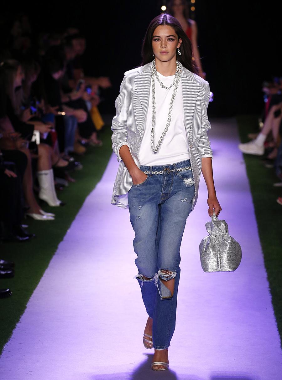 модные джинсы варенки вареные слоучи рваные синие голубые лето 2020