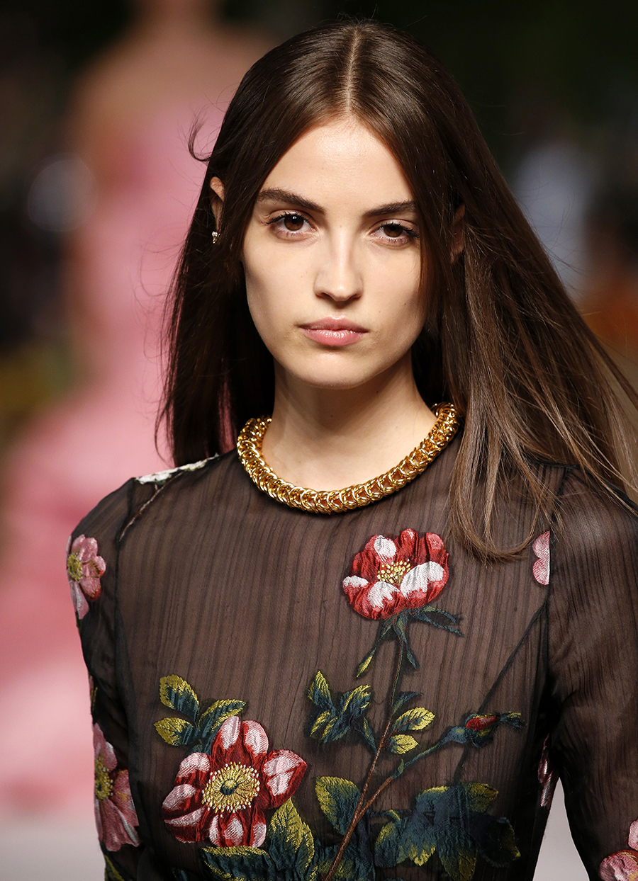 модное плвтье с цветочным принтом в цветах с вышивкой черное красный зеленый цепь сетка с рукавом лето 2020