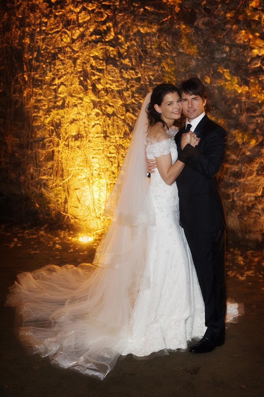 свадьба том круз кэти холмс свадебное платье армани giorgio armani