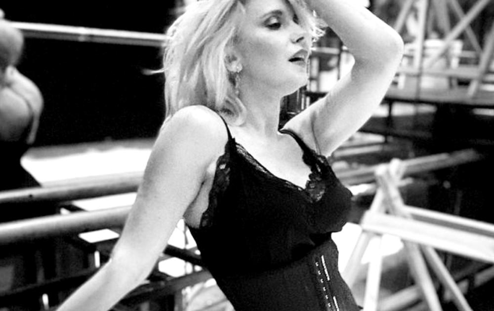 Лилия Ребрик в нижнем белье