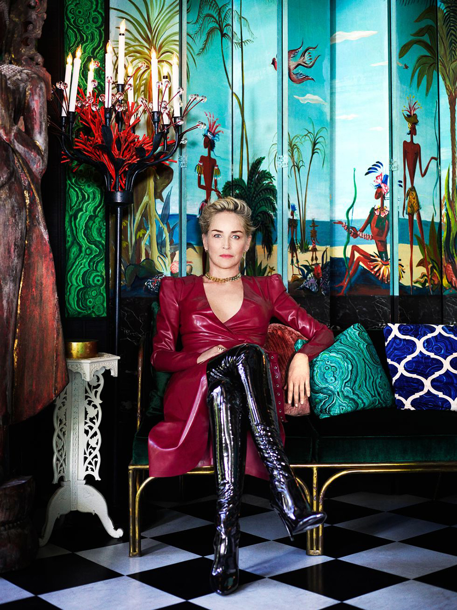 Шэрон стоун сериал сестра рэтчед netflix латекс ботфорты кожаное платье красное цепь