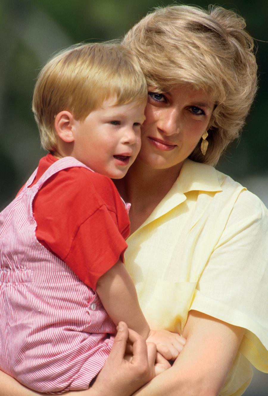 принц гарри день рождения детские фото принцесса диана