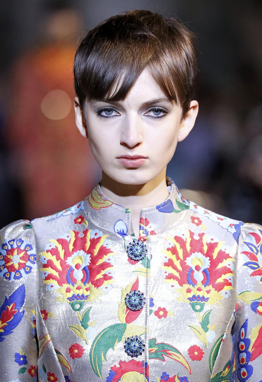 модные стрижки осень 2020 шэг шэгги пикси французский боб лоб
